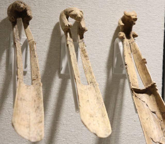 北海道博物館 熊の彫刻