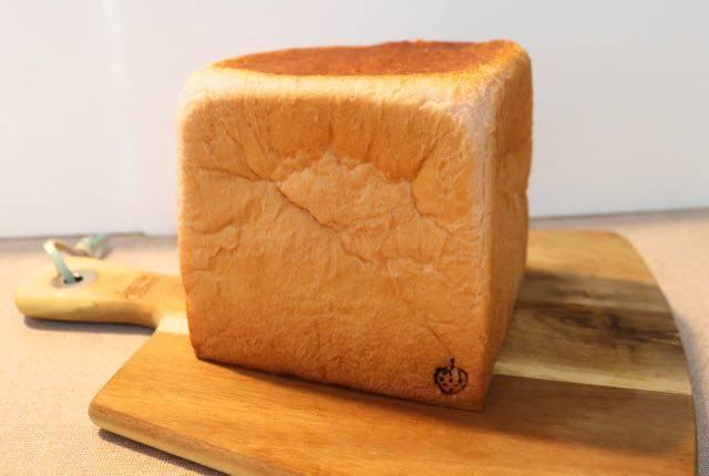 スナオないちご いちご食パン