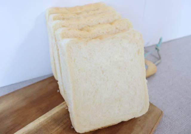 ベッカライ島田屋 食パン