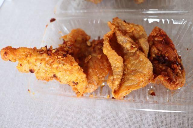 塩ザンギとお惣菜 ひろちゃん 澄川本店 赤のザンギ