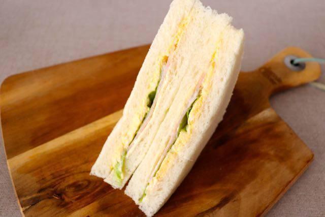 サンドイッチひまわり たまご&ハム