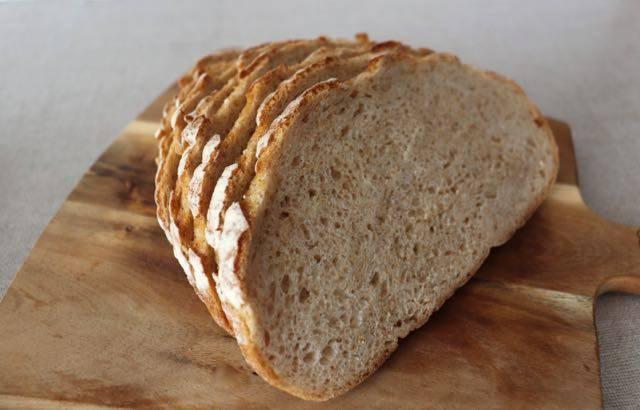 スイートベリー 天然酵母の田舎パン