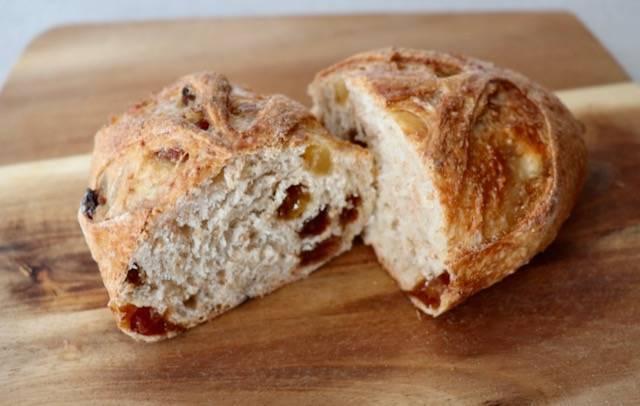 ルルド デーツのパン