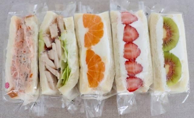 サンドイッチ専門店もぐもぐ