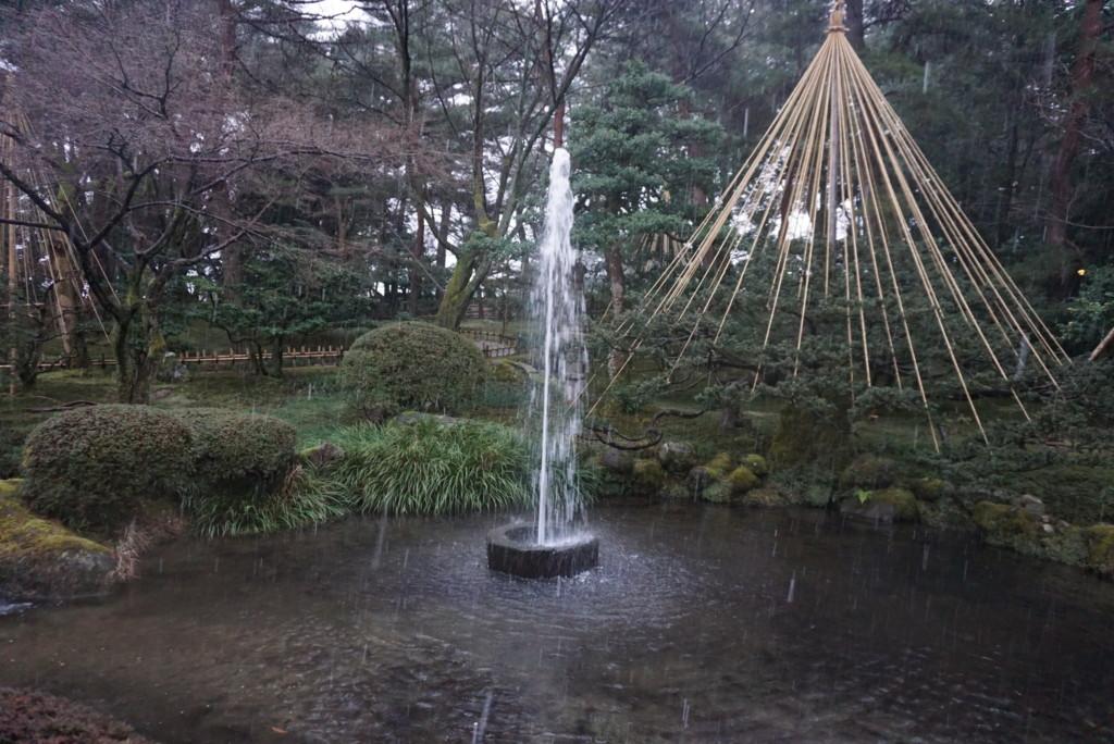 兼六園にある日本最古の噴水