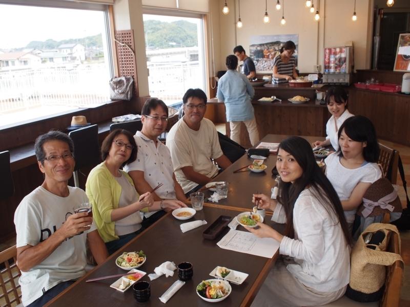 【お魚センター】旅のはじまりは美味しいお刺身などの昼食から