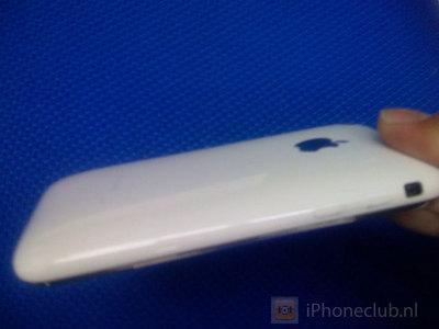 白いiPhone?