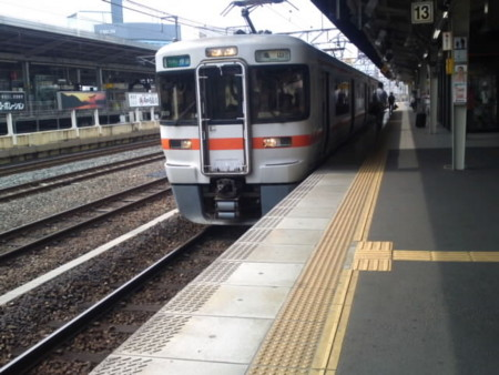 名古屋駅の関西線