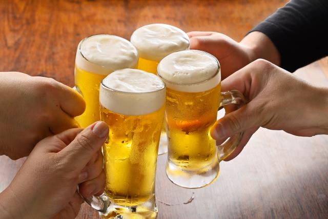 新入社員向け 飲み会の幹事で気を付ける点とは?