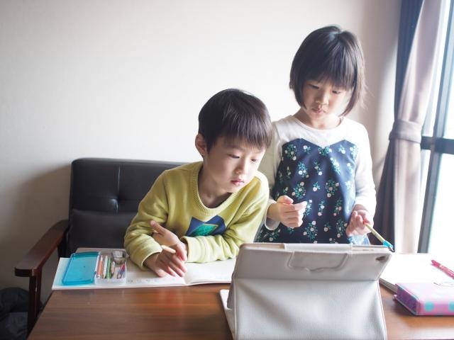 【プログラミング教育はIT企業への就職に役に立つのか】タイトル