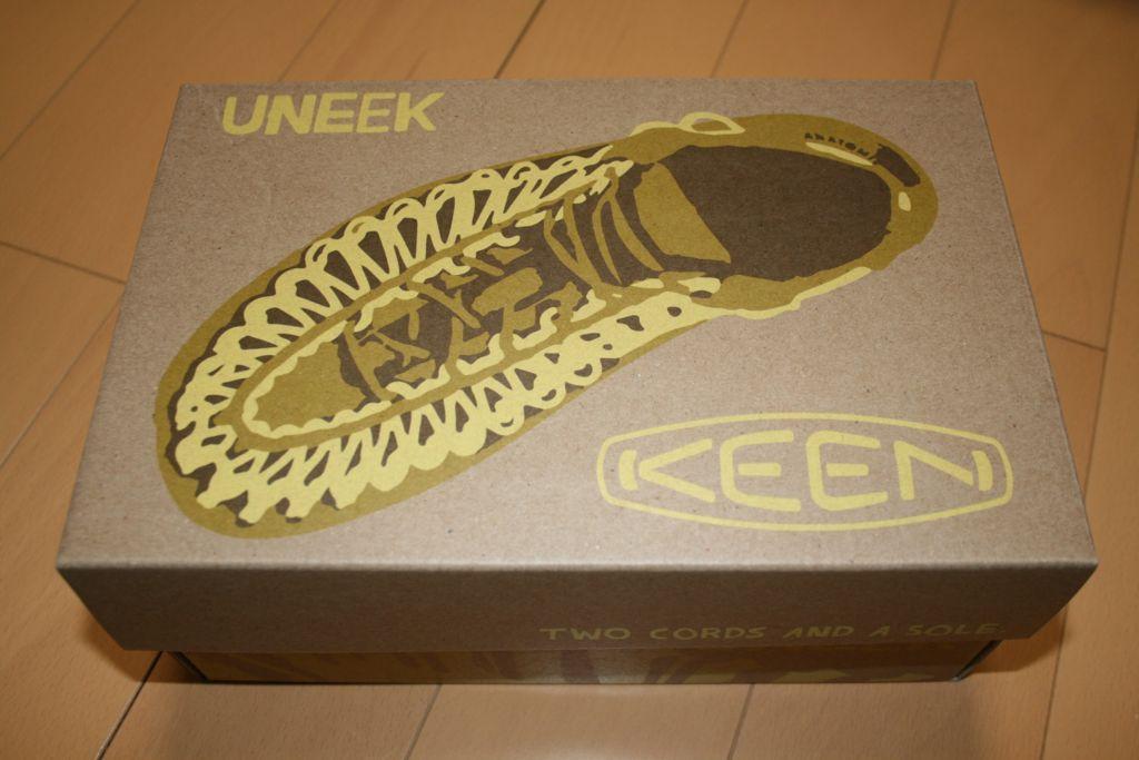 keen uneekの外箱の写真