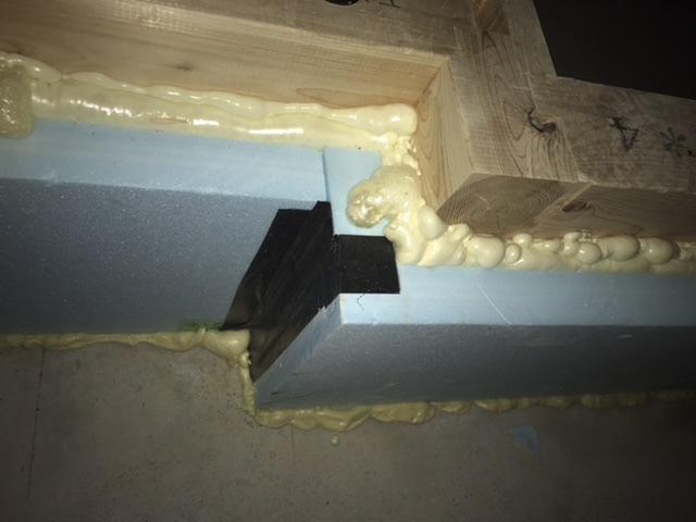 木造 3階 2世帯 検査 基礎断熱 玄関 ウレタン スチレン 気密