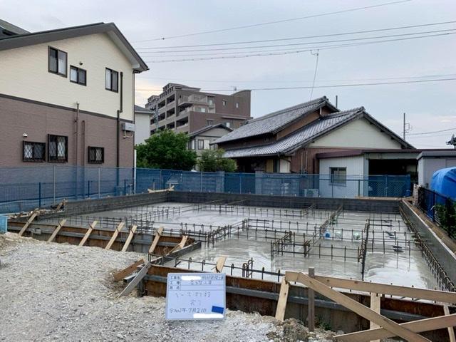 コンクリート 打設 基礎 養生 水 乾燥