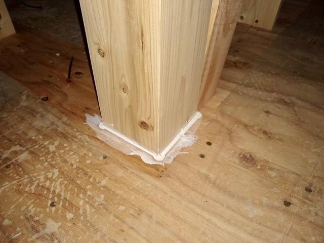 木造 3階 2世帯 気密 シール 柱 隙間