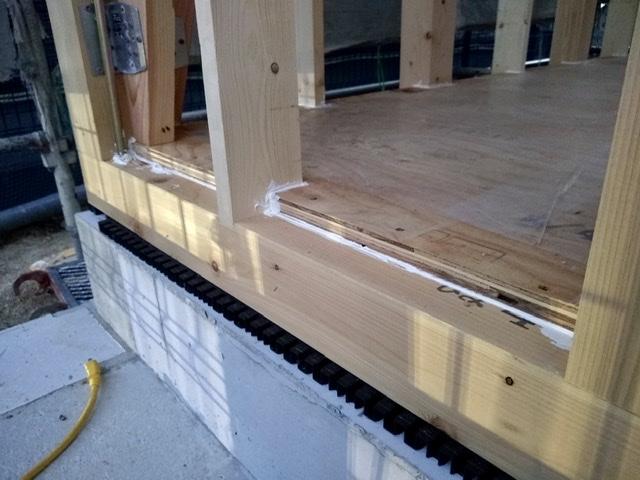 木造 3階 2世帯 気密 シール 床 隙間