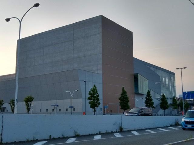静岡市清水文化会館 マリナート 夕景 外観
