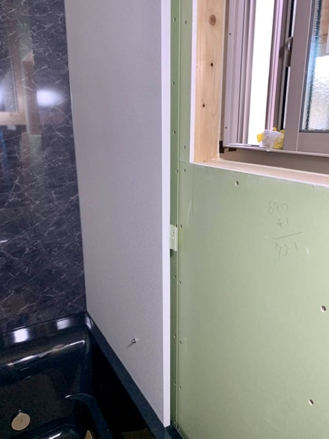 風呂 ユニットバス 設置 組み立て クリナップ ユアシス 壁