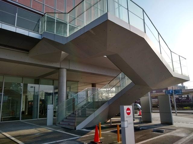 静岡市清水文化会館 マリナート 階段 ねじれ ねじり RC コンクリート