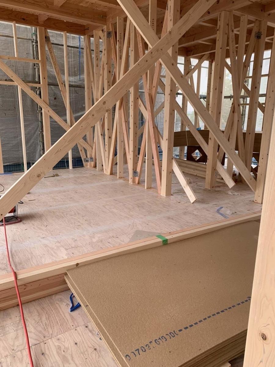 木造 3階 2世帯 工事 上棟 検査 仮筋交い
