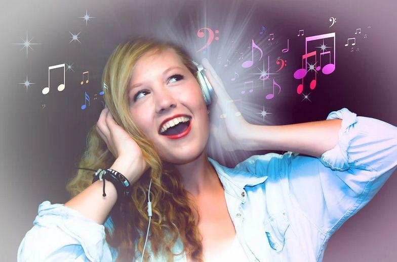 作業を効率化する音楽の聴き方