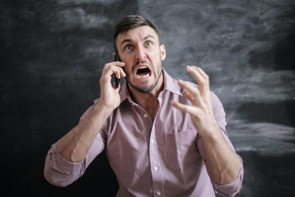 新人の電話対応について