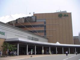 (競馬)JRA新潟競馬場-入場門前