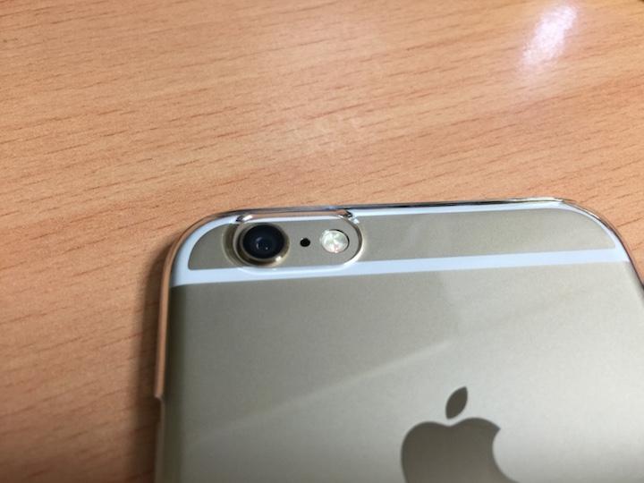 iPhone 6保護ケース カメラ部分