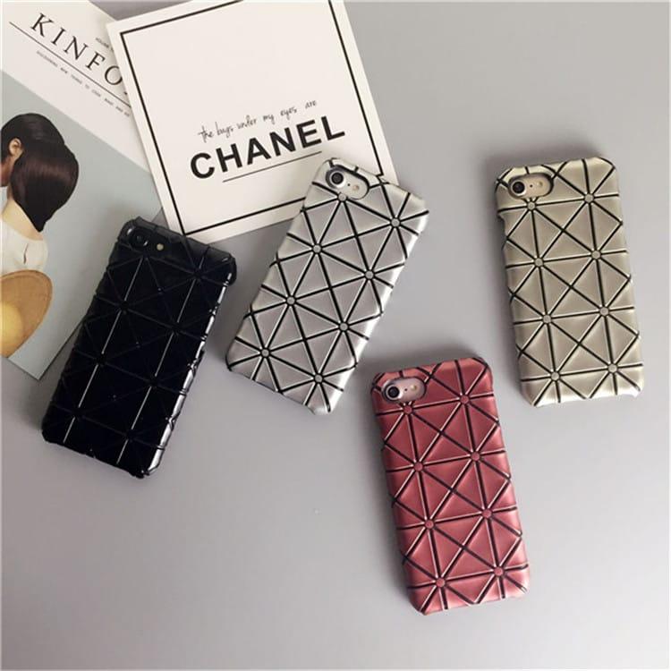 三宅一生デザインのiPhone7 Plusのケース
