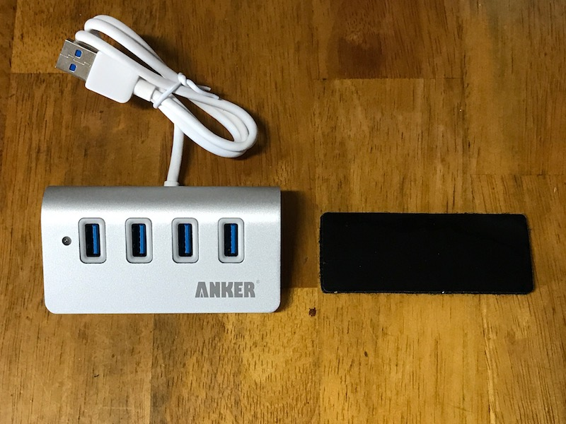 Anker USB 3.0 高速4ポートハブ