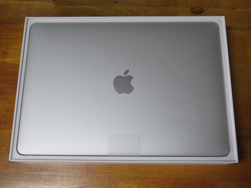 MacBook Pro 2017、13インチ