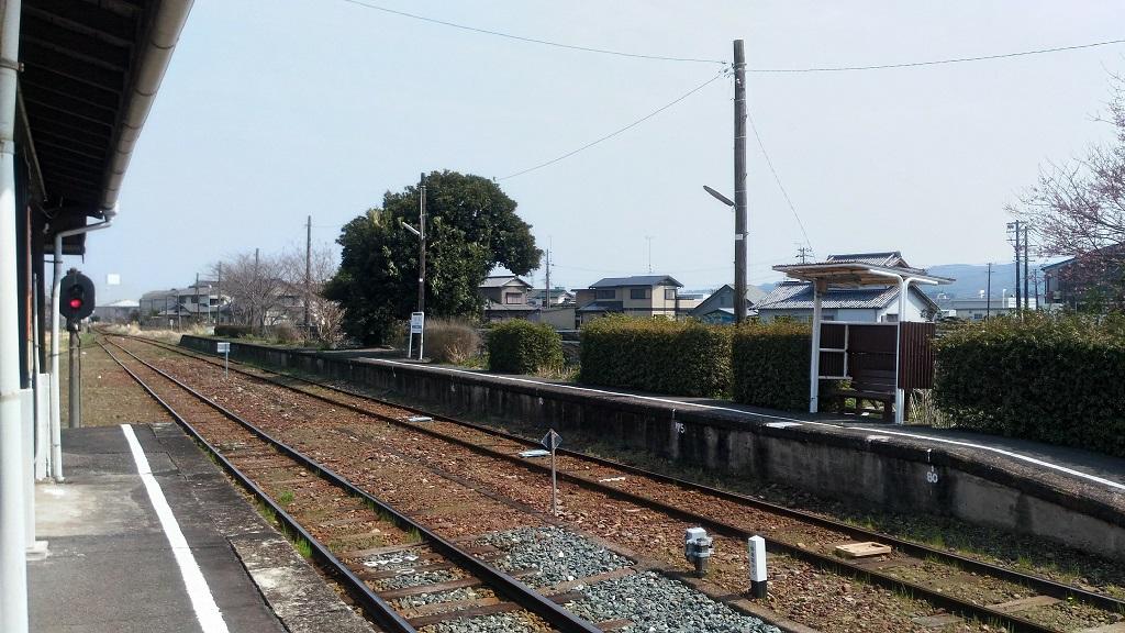 桜木駅ホーム