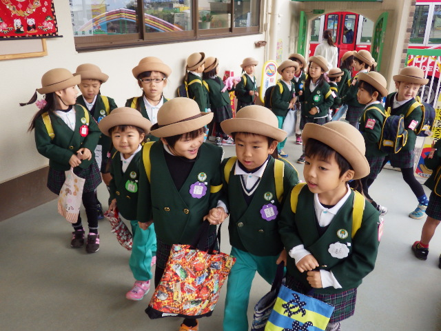 f:id:kodakara-kindergarten:20150107090916j:image:w360
