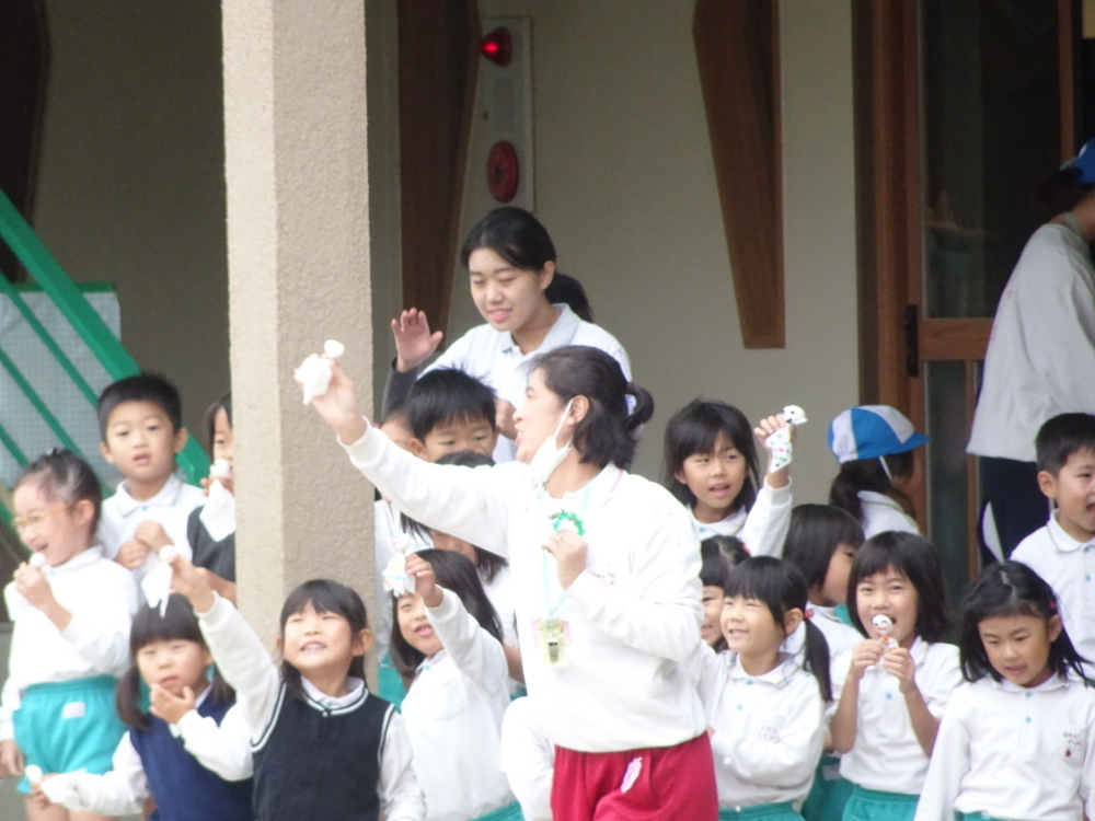 f:id:kodakara-kindergarten:20161019230650j:image:w360