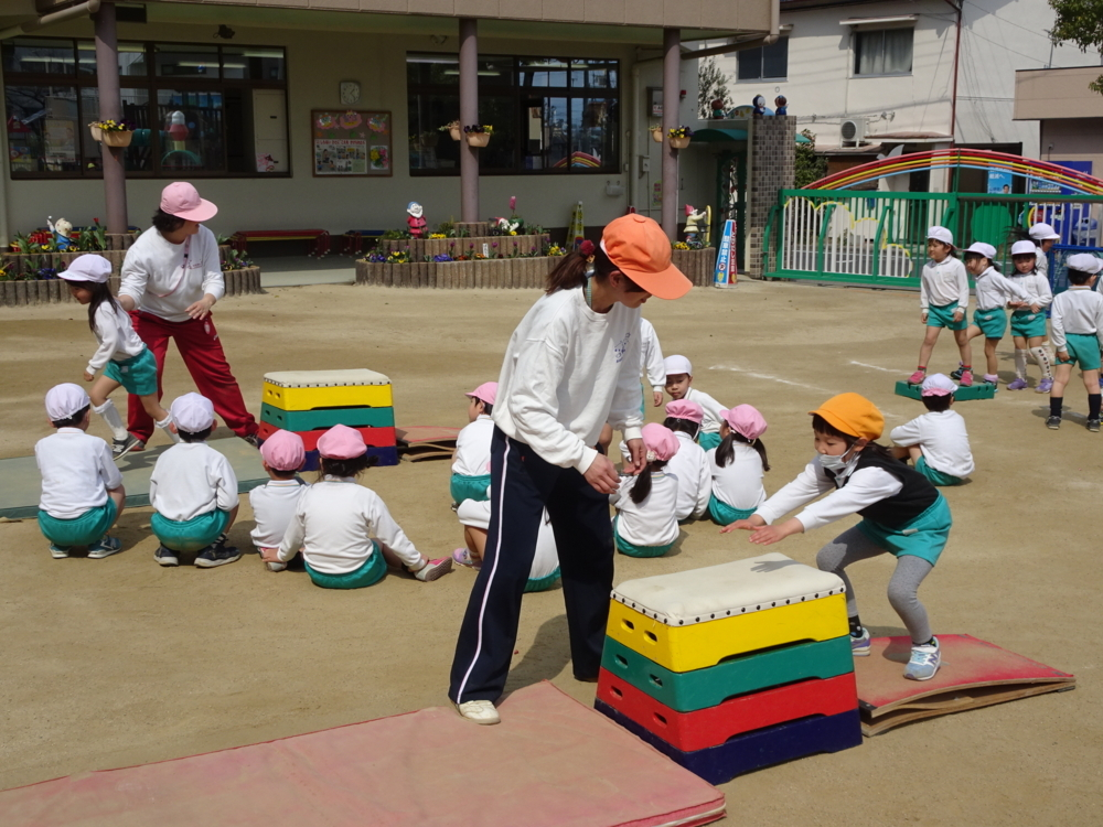 f:id:kodakara-kindergarten:20170315013520j:image:w360