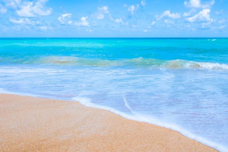 アンダマン海に面する砂浜