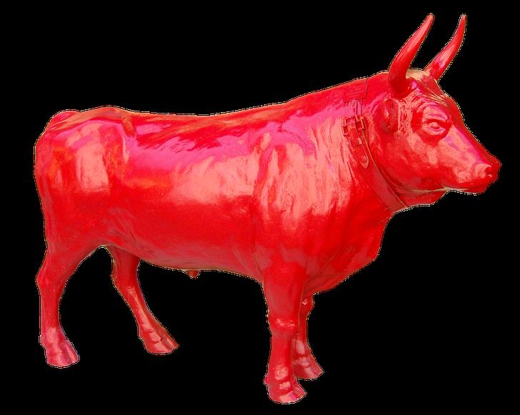 赤い雄牛の模造