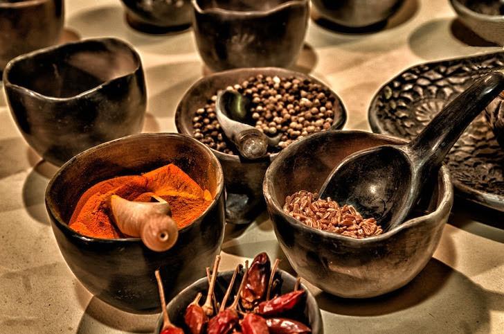 タイの香辛料の数々