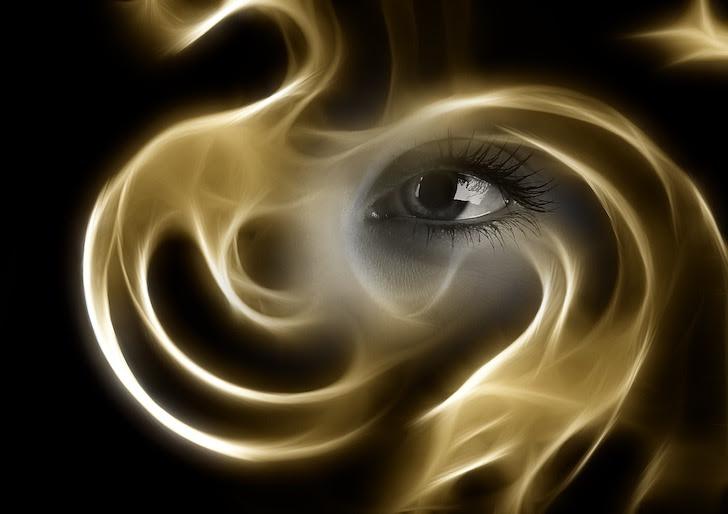 精霊ルビスの瞳