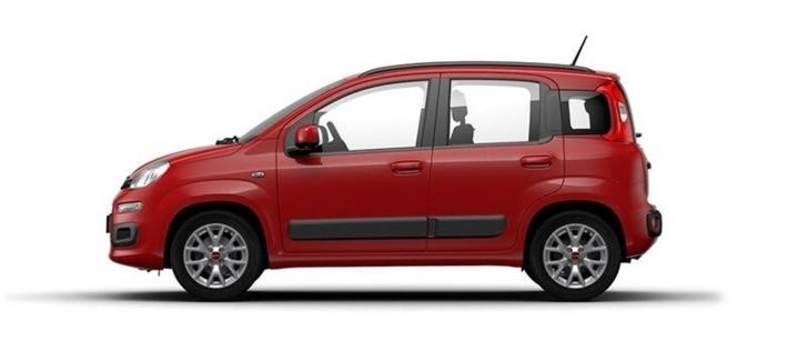 側方から見た赤色の3代目FIAT Panda