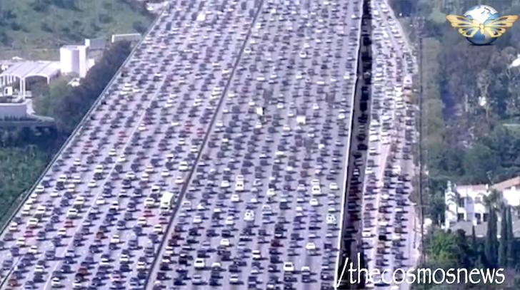 北京の交通をまひさせる大渋滞