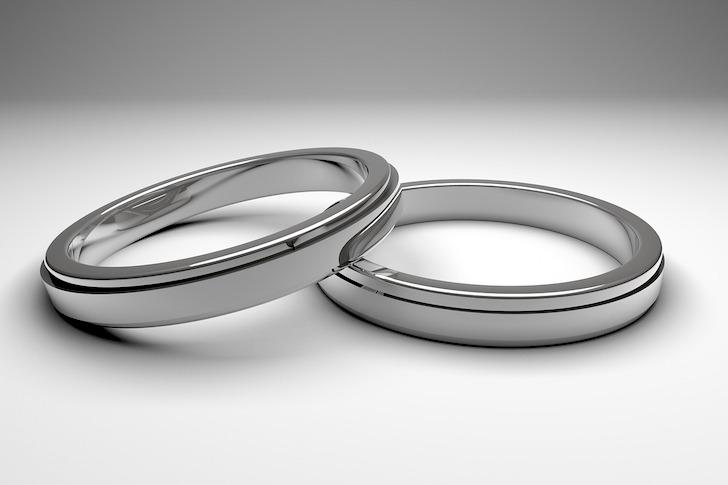 銀の結婚指輪