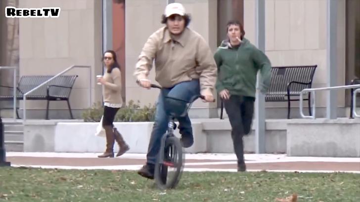 自転車泥棒を追跡する仕掛け人