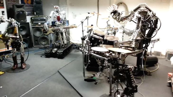 ロボットバンドによる演奏