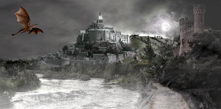 古城の近くを飛翔するドラゴン