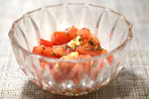 トマトチーズサラダ