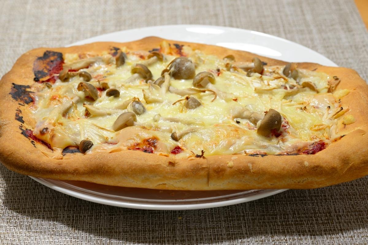 キノコのピザ(ノーマル生地)