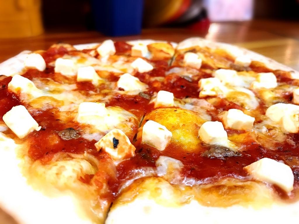 吉祥寺で美味しいピザが1枚600円でいただける「GARAGE 50(ピザ)」