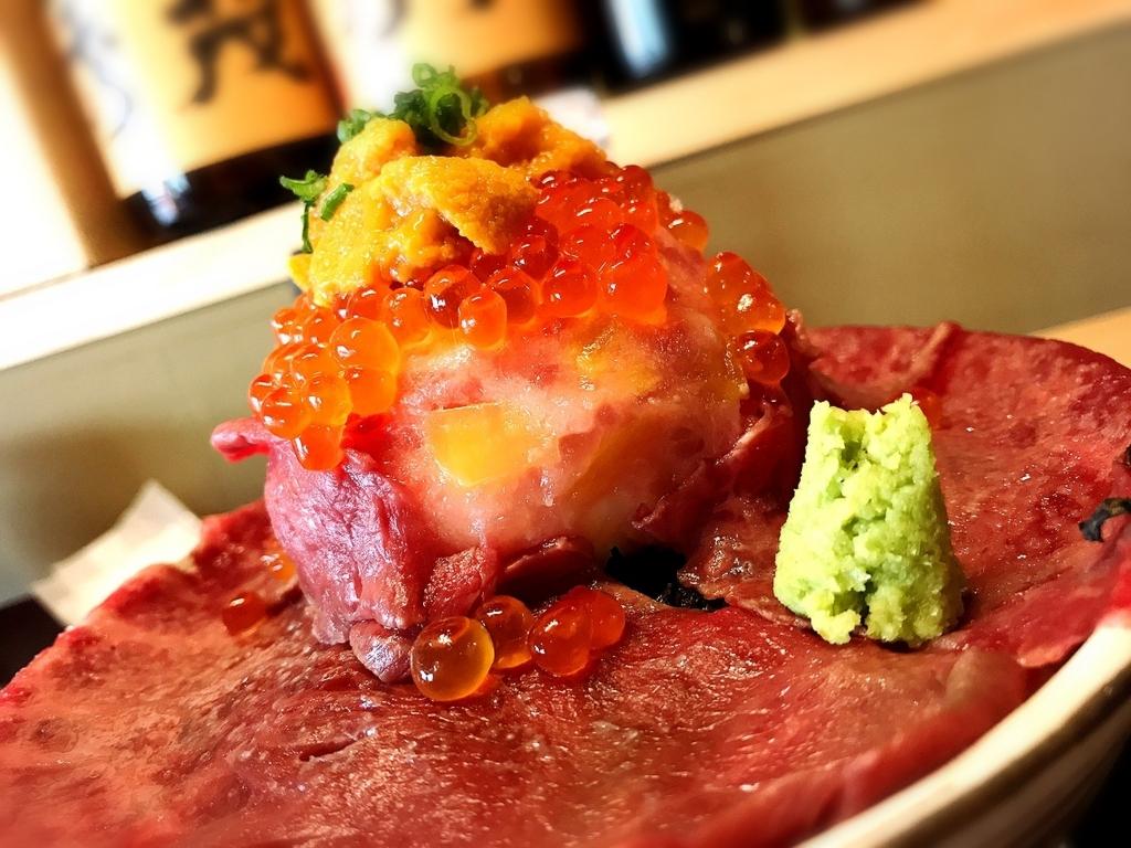 肉ドレス海鮮丼1