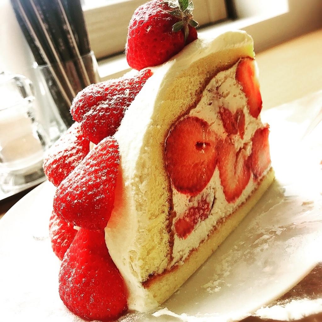 """これぞ写真映え!東急吉祥寺の""""フルーツ特化""""のカフェのケーキが豪華だった件"""