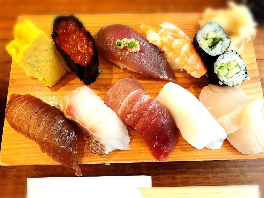 吉祥寺でネタが大きい寿司ランチがいただけるハモニカ横丁にある回らない寿司屋「片口(寿司)」